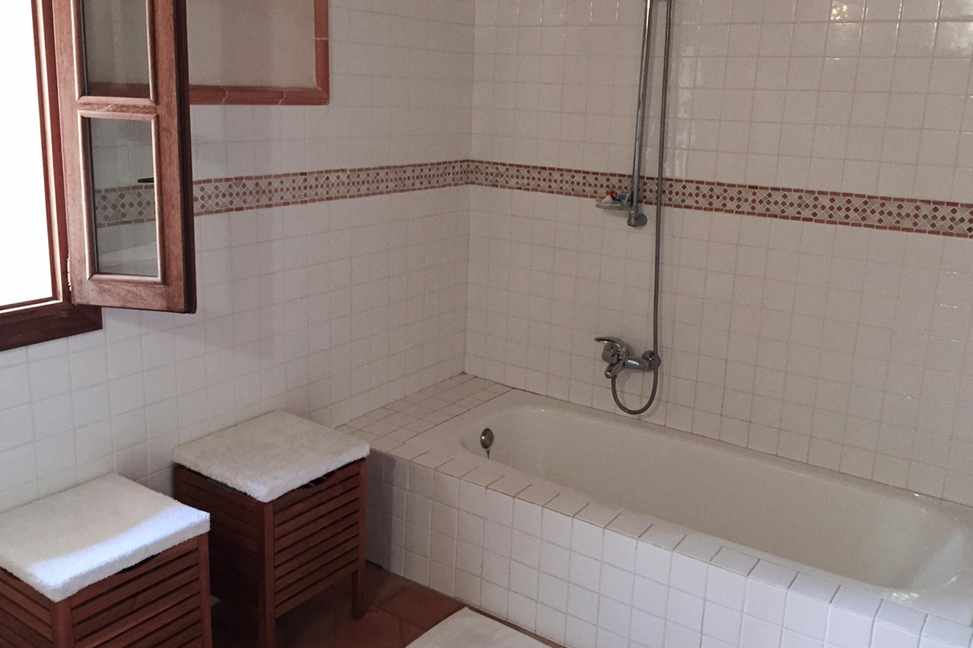 fotos: badezimmer - finca es pujol, Badezimmer ideen
